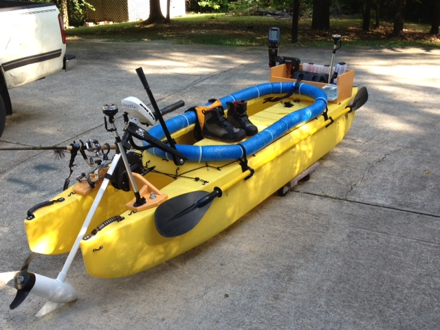 Fishing kayak rigged with electric trolling motor - Alabama (4)