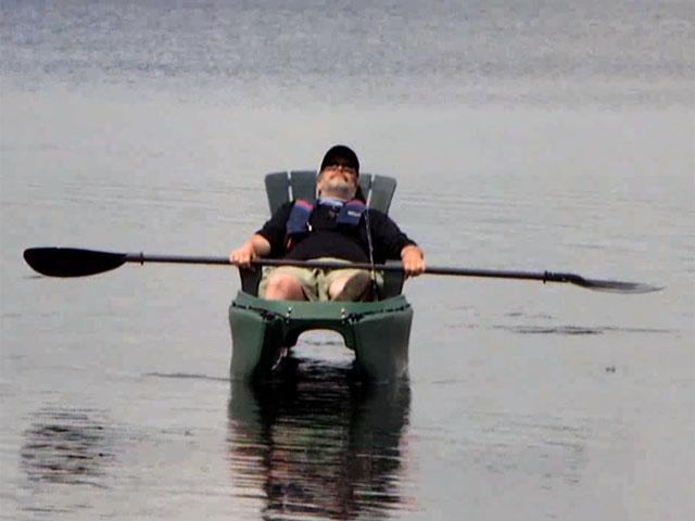 Lawn_chair_in_fly_fishing_kayak_03